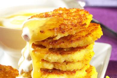Gierstpannenkoekjes met citroenyoghurt